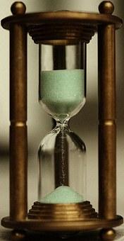hourglass-1260165__340